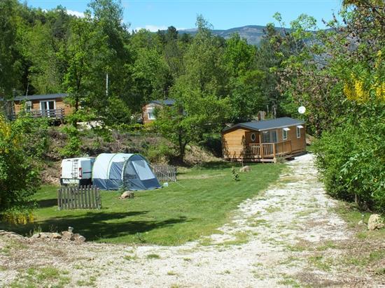 CAMPING LES CERISIERS - VERNET LES BAINS Camping les Cerisiers