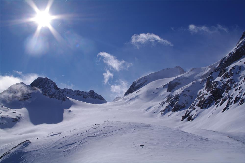 Mountaineering © E Axelrad