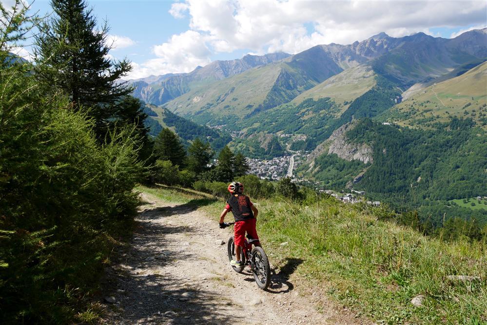 Bike Park Valloire - Piste La Familiale © Xavier Aury / Valloire Tourisme