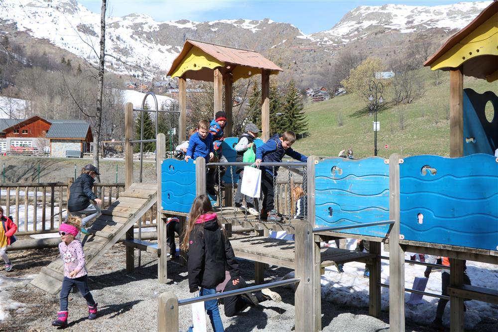 "Children playgrounds of ""Plan du Moulin"" © OT ST SORLIN D ARVES"