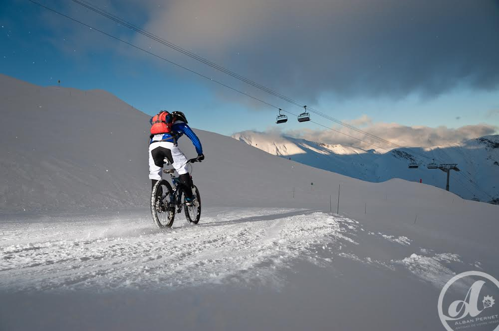 Mountain bike on snow © OT Saint-Sorlin d'Arves