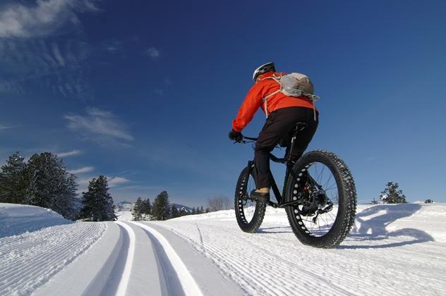 Fat Bike & E-Bike op sneeuw © OT Saint-Sorlin d'Arves