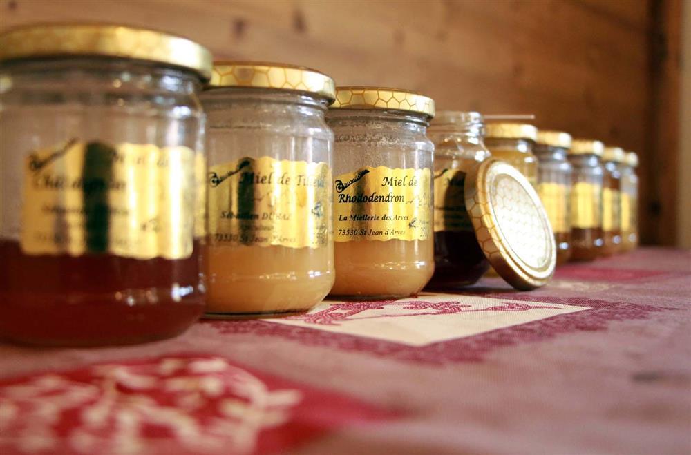 Honey making visit © Office de Tourisme SJA