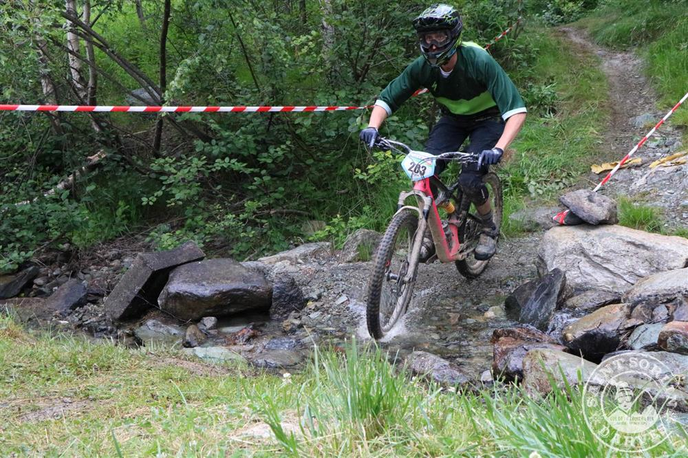 Enduro MTB van het Iron Cross: mountainbike race © OT Saint Sorlin d'Arves