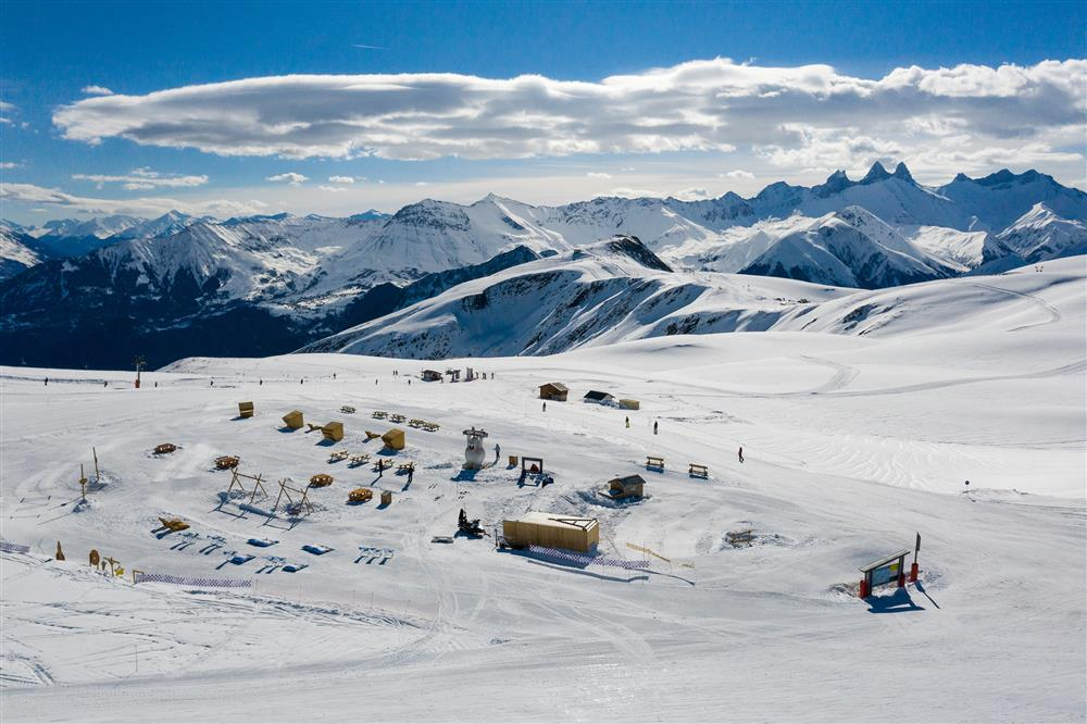 Snowpy Mountain zone ludique à 2250m d'altitude@LaToussuire © Alban Pernet