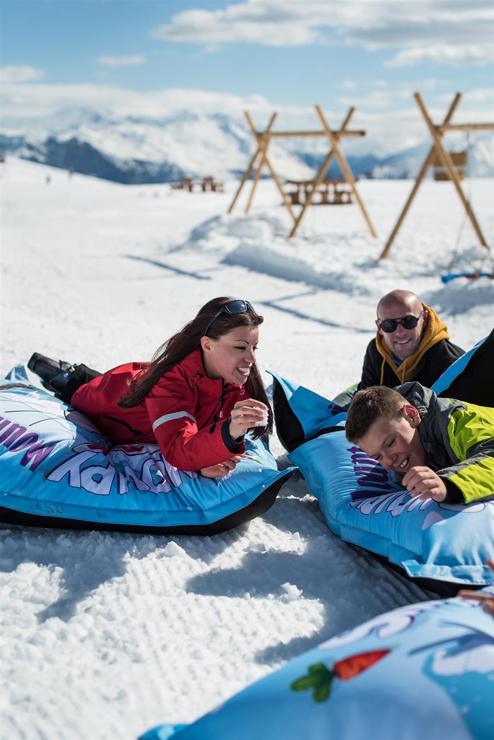 Relaxation sir big bag @snowpyMountain @LaToussuire © Alban Pernet