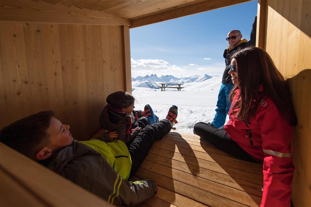 Ilot de détente en bois @SnowpyMountain @LaToussuire © Alban Pernet