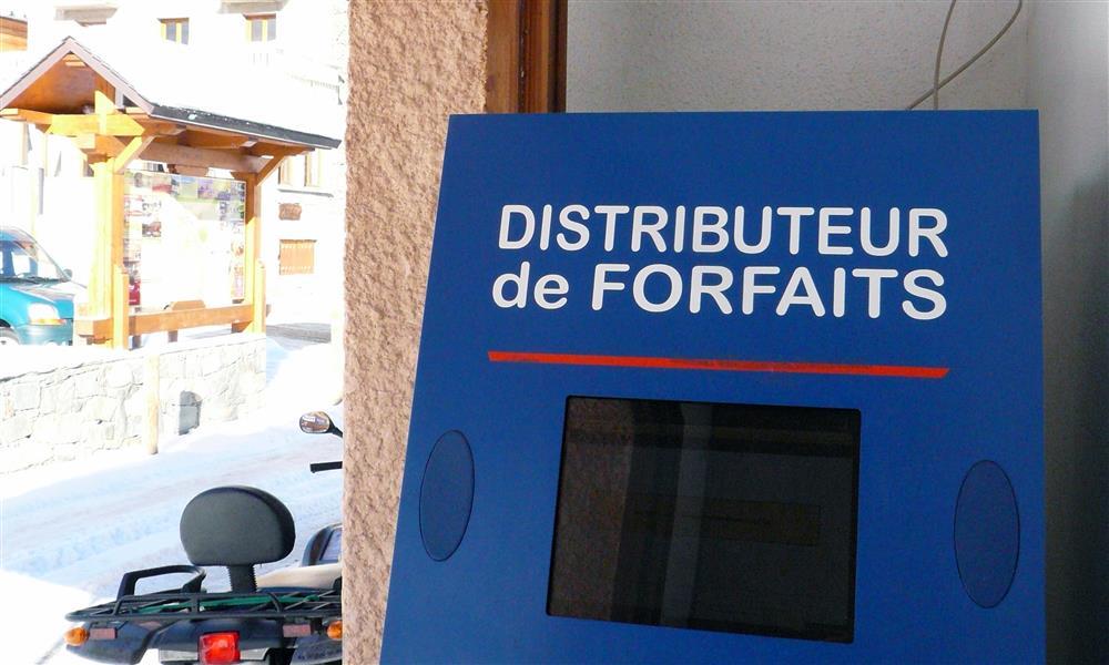 Distributeur forfaits OT © Office de Tourisme Saint Sorlin d'Arves
