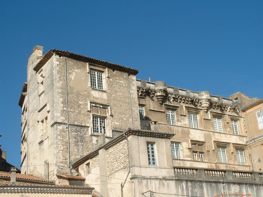 palais-des-eveques-bourg-saint-andeol © Oti Draga