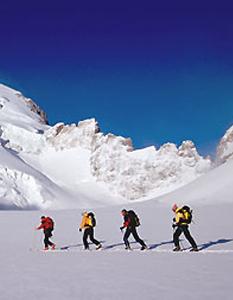 Ski de Randonnée encadrée © Bureau des Guides de Montagne