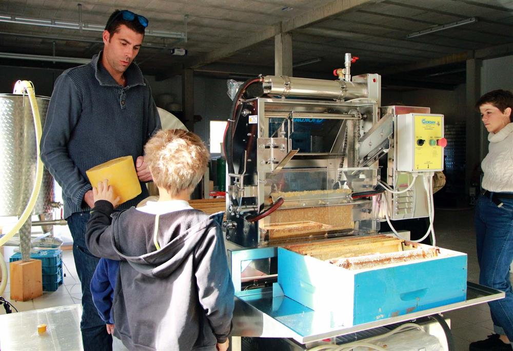 Honingmaker van Les Arves © Office de Tourisme SJA