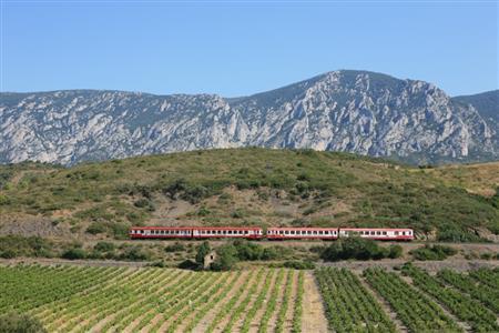 Le Train Rouge : Le Train des Vignes Rivesaltes - St Paul de F.