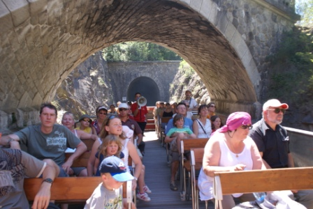 Le Train Rouge: Viaducts and Fenouilledes Tour St Paul to Axat