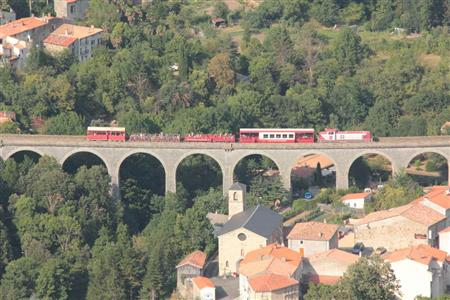 Le Train Rouge : Le Parcours des Viaducs et du Fenouillèdes Axat - St Paul